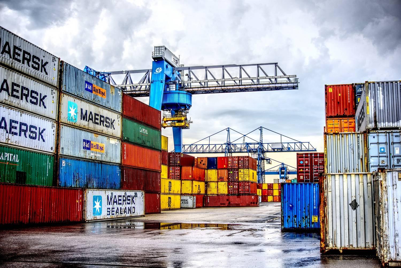 Kontenery morskie z perspektywy handlowców - budowa, zalety oraz wady