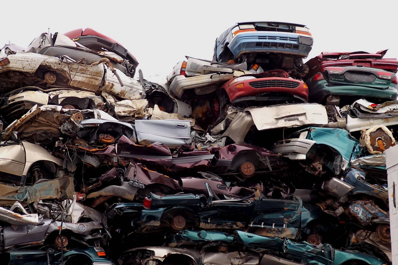 Części samochodowe - gdzie wyrzucać?