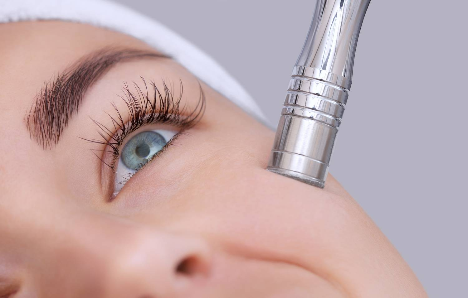 Hyaluronic acid - its role in aesthetic medicine treatments